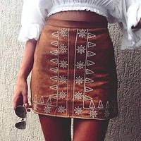 New 2017 Fashion Embroidery Skirt