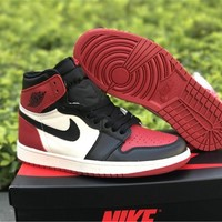 2018 Nike Air Jordan 1 Retro High OG Bred Toe Gym Red Black Size 555088-610 Basketball Sneaker