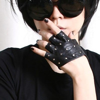 Genuine Leather Runway Punk Rocker Fingerless Sparkling Stud Biker Rider Gloves FREE SHIPPING