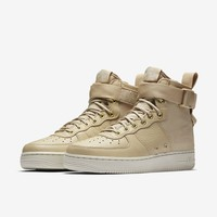 Nike SF Air Force 1 Mid Women's Boot. Nike.com