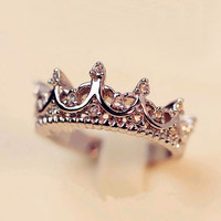 Korean Style Retro Crystal Drill Hollow Crown Shaped Queen Temperament Rings For Women Party Wedding Ring Jewelry