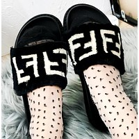 Fendi Fashion New Letter Print Women Slippers Fur Shoes Black