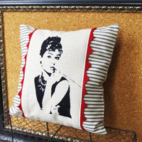 Decorative Throw Pillow Cushion Cover with Hollywood Glam Audrey Hepburn Screen Print and Red Hand Cut Felt Scallop Trim