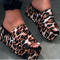 Explosive hot selling flat-bottom platform women's shoes