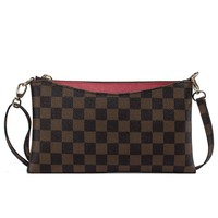 Small Checkered Crossbody Bag for Women Wristlet Clutch with Strap