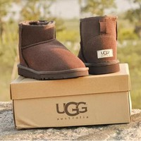 UGG Woman Men Fashion Wool Snow Boots Calfskin Shoes