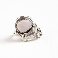 Vintage Sterling Silver Pink Mother of Pearl Ring - 1970s Size 5 1/4 Retro Southwestern Native American Leaf Statement Tribal Jewelry