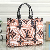 Louis Vuitton LV Personalized Graffiti Print Tote Bag Fashion Ladies Shoulder Bag Handbag