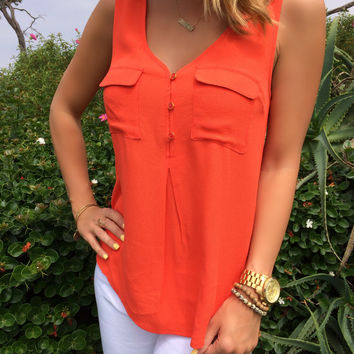Buttoned Pocket Tank