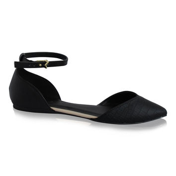 """""""Pointer"""" Pointy Toe Ankle Strap Flats - Black"""