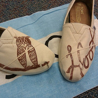 Owl TOMS Shoes by themattbutler on Etsy