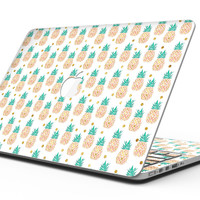 Tropical Summer Pineapple v1 - MacBook Pro with Retina Display Full-Coverage Skin Kit
