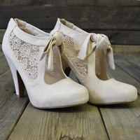 Corner Brook Ivory Lace Suede Bow Heels