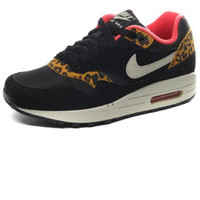NIKE TRENDING Sneaker running shoes  Sports Shoes Black leopard pattern Lined red