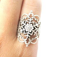 Pretty and Elegant Antique Silver Floral Filigree And Snowflake Shaped Ring