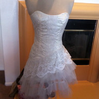 Climax Wedding Formal Prom Dress Vintage 1980s Strapless White Lace and Tulle Short Dress with Asymmetrical Lace
