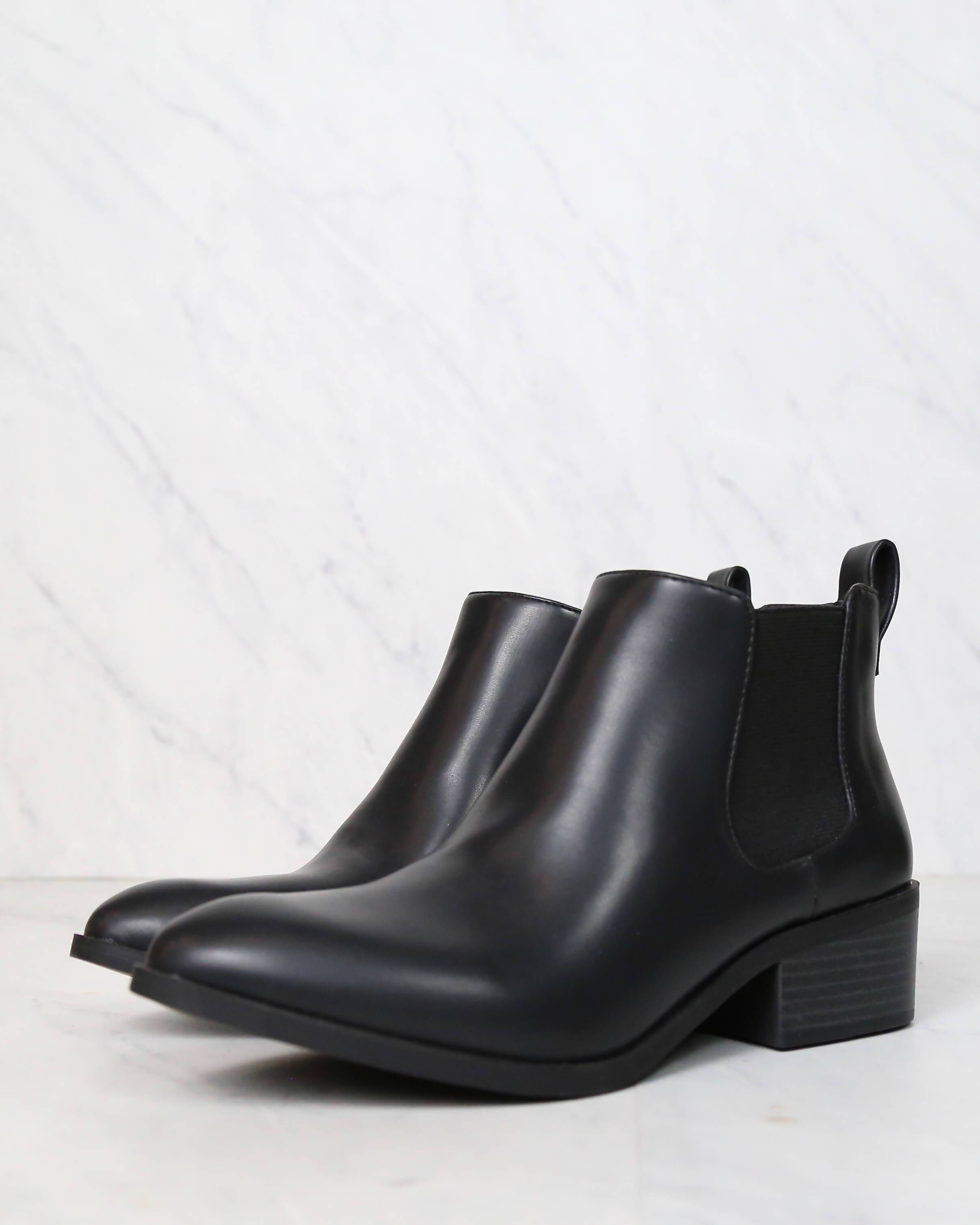 Image of BC Footwear - Partner Modern Chelsea Ankle Boots in Black