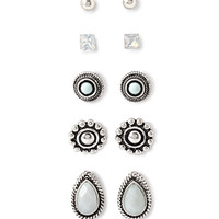 Teardrop Stud Set