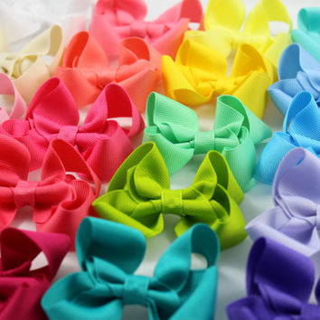 One Twisted Boutique Hair Bow - Your Choice of Color, Boutique Hair Bow, Girls Hair Bow, Grosgrain Hair Bow, Girls Hair Accessory