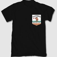 Cali Knows How to Party Mens Pocket T-Shirt
