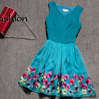 Cute lace embroidered dress from Girlfirend