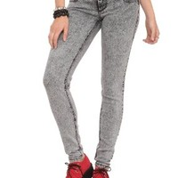 Hot Topic Women's LOVEsick 2-Button Skinny Jeans:Amazon:Clothing
