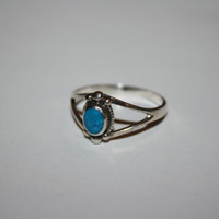 Turquoise and Sterling Vintage Ring Size 8.75 - free ship US