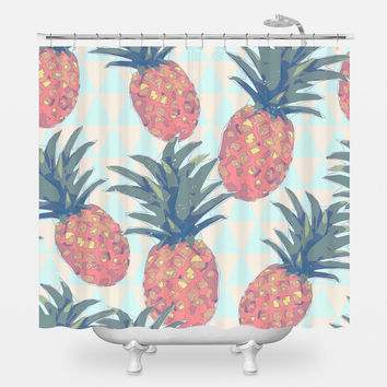 Low Poly Pineapples Shower Curtain