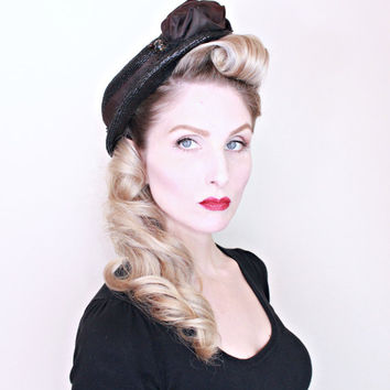 1940s Vintage Hat / Black Tilt Hat / 40s Hat with Ruffles / Black and Brown / PRETTY