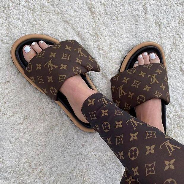 Image of LOUIS VUITTON LV Fashion casual shoes and slippers Shoes