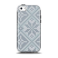 The Knitted Snowflake Fabric Pattern Apple iPhone 5c Otterbox Symmetry Case Skin Set