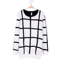 ZLYC Black and White Checked Design Scoop Neck Christmas Sweater For Women