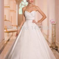 New Appliques sophistication and whimsy wedding dresses 2015
