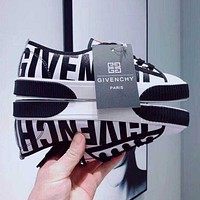 GIVENCHY Trending Women Stylish Black White Mix Match Low Top Sport Shoes Sneakers Black Sole I13578-1