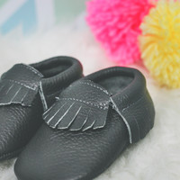 Treasure of the Tribe Moccasin - Charcoal