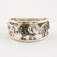 925 Sterling Silver Retro Marcasite Three Elephants Ring