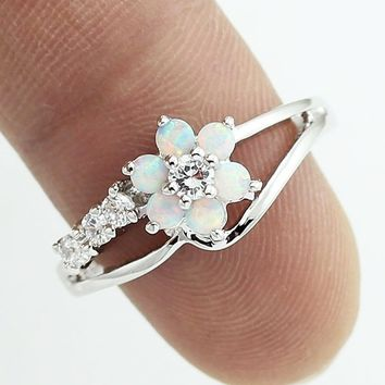 Exquisite Round Cut White Fire Opal Stone 925 Sterling Silver Flower Women Opal Rings Diamond Jewelry Birthday Proposal Gift Bri