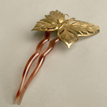 Butterfly Hair Accessory Root beer plastic Clip Dimensional Brass Design Vintage Jewelry