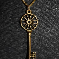 Gold Flower-in-Circle Key Pendant Necklace