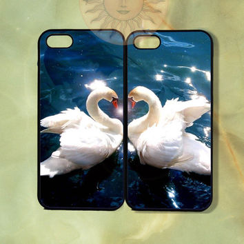 Love Swan Couple Cases -iPhone 5, 5s, 5c, 4s, iphone 4 case, ipod 5, Samsung GS3 Gs4 -Silicone Rubber or Hard Plastic Case, Phone cover