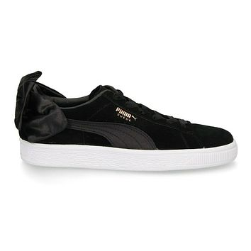 Puma Suede Bow Black White Suede 367317 04 Womens Casual Sneakers