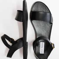 Donddi By Steve Madden {Black}