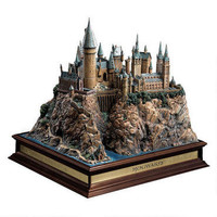 Harry Potter Hogwarts Castle Replica |