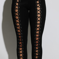 Dare to be Laced up Leggings