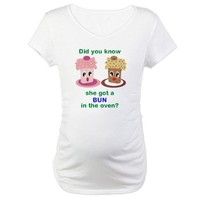 Bun Not Cupcake in the Oven Maternity T-Shirt> Funny & Cute> PreggpPrincess.com