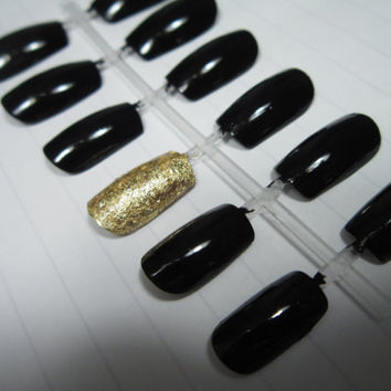 Black False Nail Set with Gold Accent Nail by handmadebybrianna