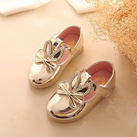 2016 Autumn Baby Girls Cartoon Leather Shoes Bright Drill Pu Children Princess Party Shoes Kids Infant Casual Leather Shoes