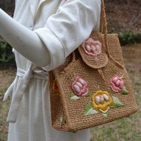 Vintage straw tote bag purse with floral design