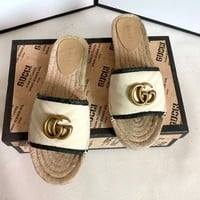 GUCCI Tide brand women's paragraph wild straw canvas one foot fisherman slippers