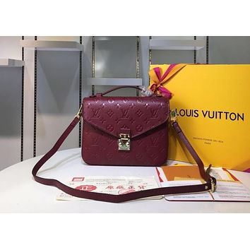 LV 2019 new classic letter embossed wild fashion women's shoulder diagonal package Burgundy